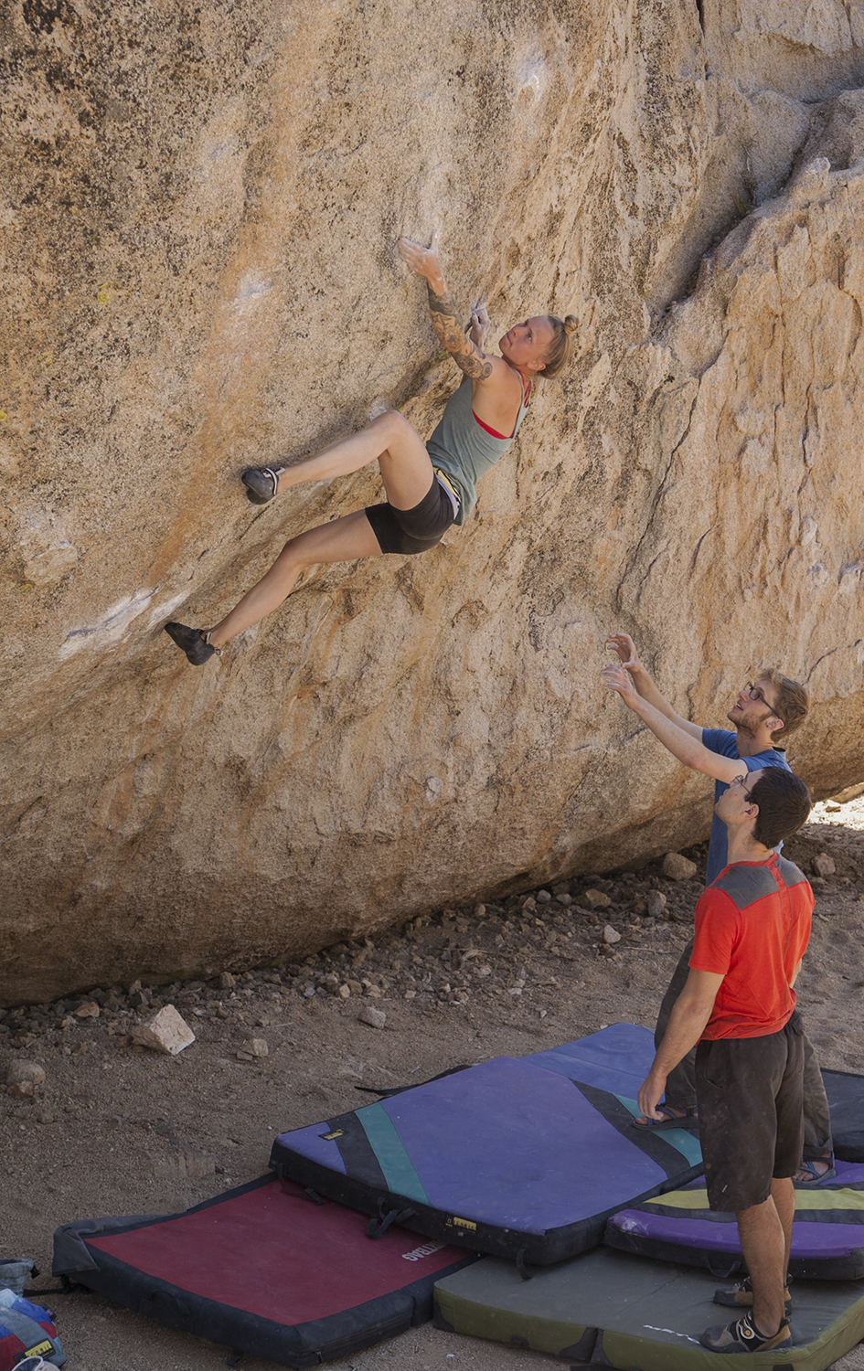 High Plains Drifter (v7). Bishop, CA. photo by Jeremy Bini.
